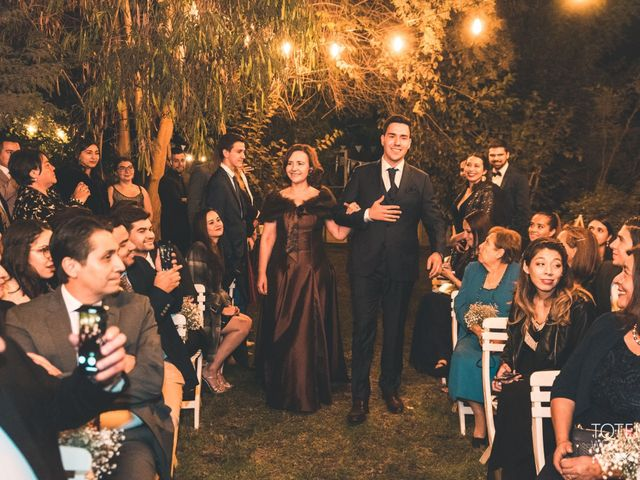 El matrimonio de Francisco  y Karime  en El Monte, Talagante 41