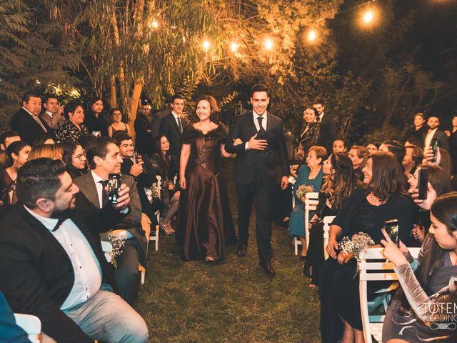 El matrimonio de Francisco  y Karime  en El Monte, Talagante 42