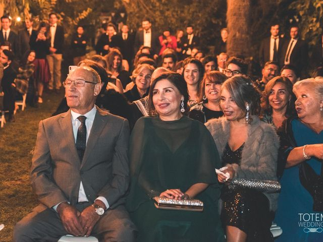 El matrimonio de Francisco  y Karime  en El Monte, Talagante 91