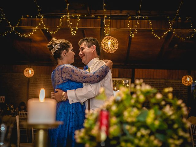 El matrimonio de Ibar y Emi