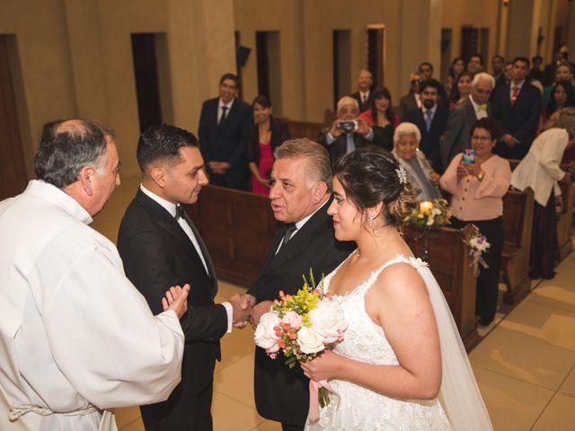 El matrimonio de Nicolas y Claudia en Concón, Valparaíso 27