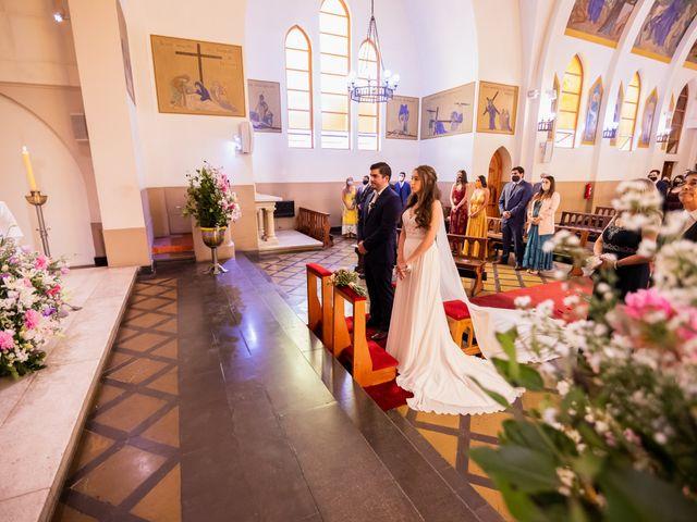 El matrimonio de Javier y Constanza en Las Condes, Santiago 13
