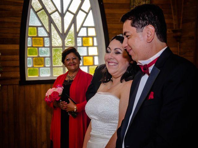 El matrimonio de José y Paola en Puerto Varas, Llanquihue 16