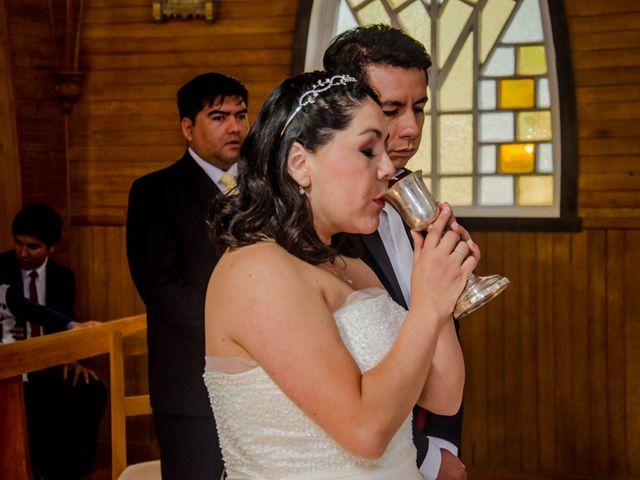 El matrimonio de José y Paola en Puerto Varas, Llanquihue 27