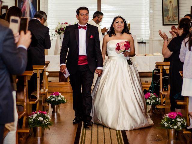 El matrimonio de José y Paola en Puerto Varas, Llanquihue 30