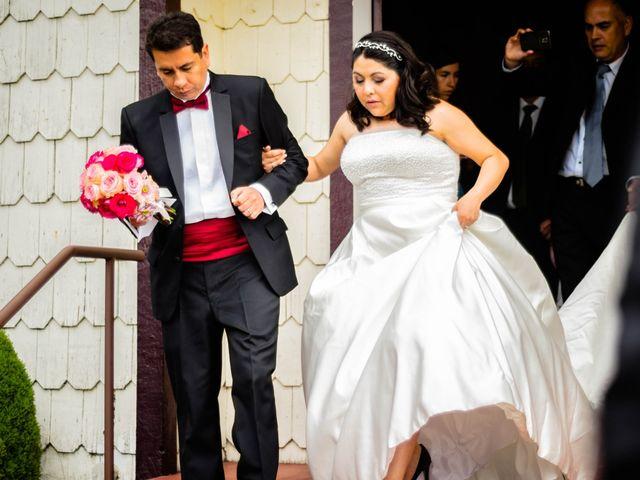El matrimonio de José y Paola en Puerto Varas, Llanquihue 31