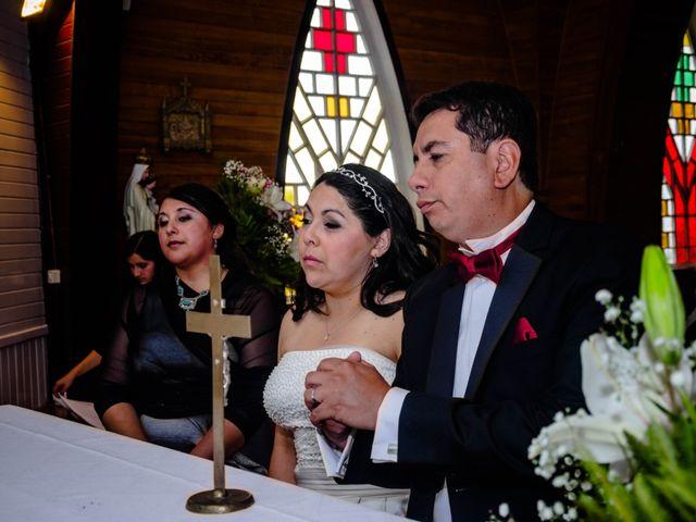 El matrimonio de José y Paola en Puerto Varas, Llanquihue 41