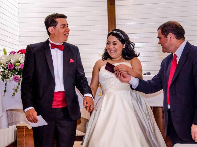 El matrimonio de José y Paola en Puerto Varas, Llanquihue 42