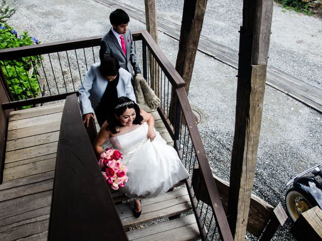 El matrimonio de José y Paola en Puerto Varas, Llanquihue 10
