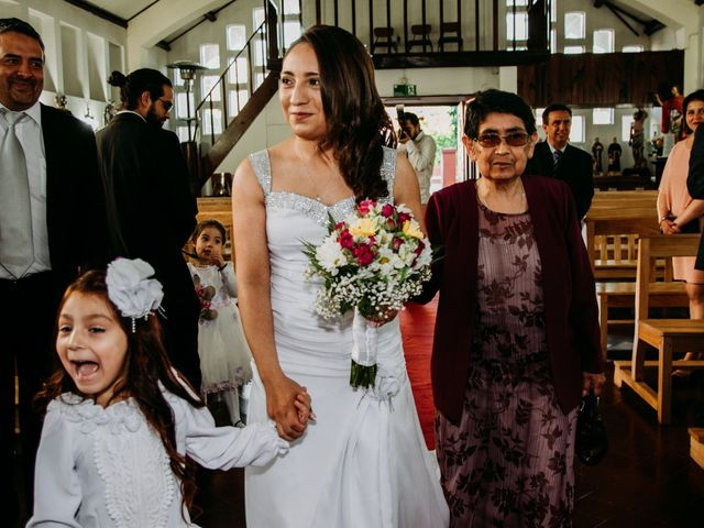 El matrimonio de Víctor y Yasmín en Linares, Linares 32