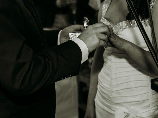 El matrimonio de Víctor y Yasmín en Linares, Linares 48