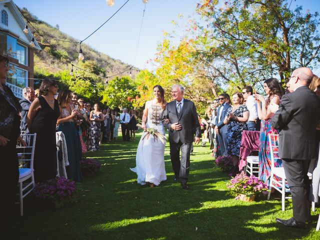 El matrimonio de Ricardo y Trinidad en El Monte, Talagante 39