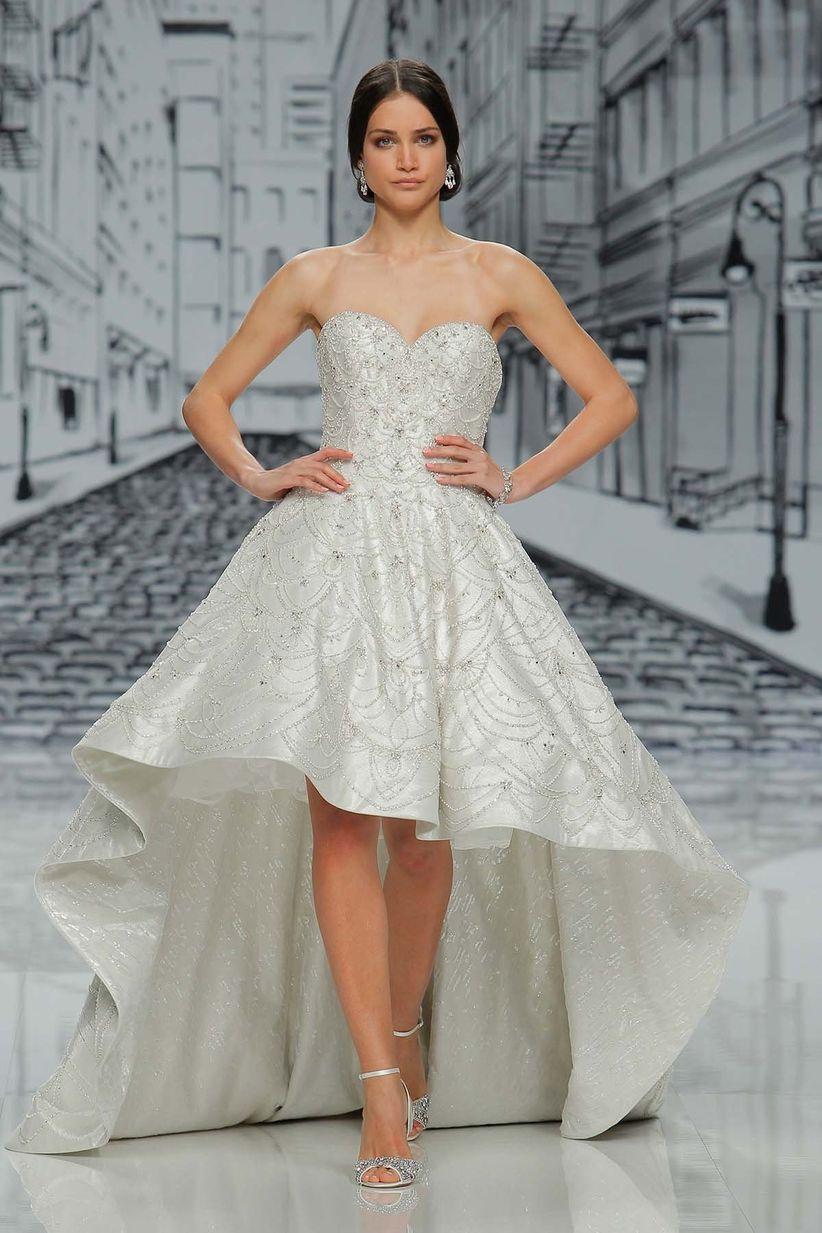 Vestidos de novia mas cortos por delante