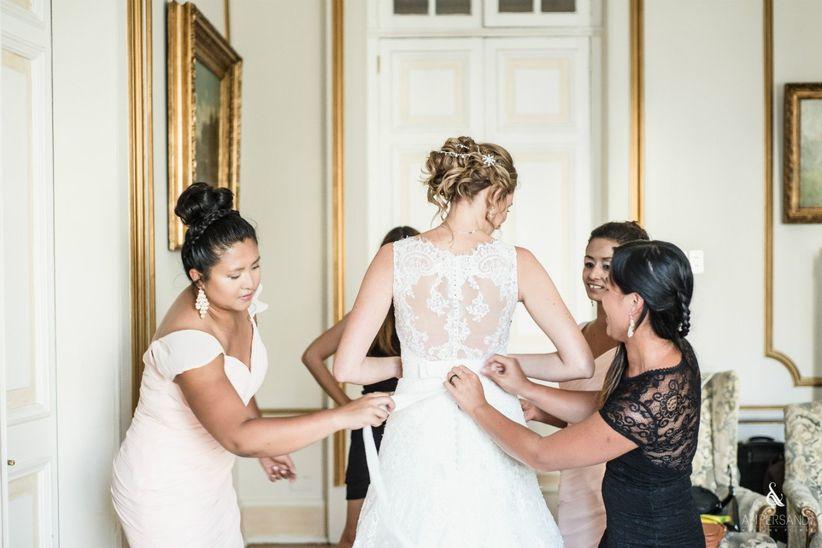 la eterna duda: ¿quién paga qué en el matrimonio?
