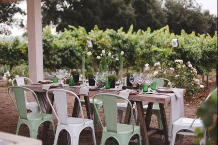 Cómo decorar las mesas rectangulares de su matrimonio