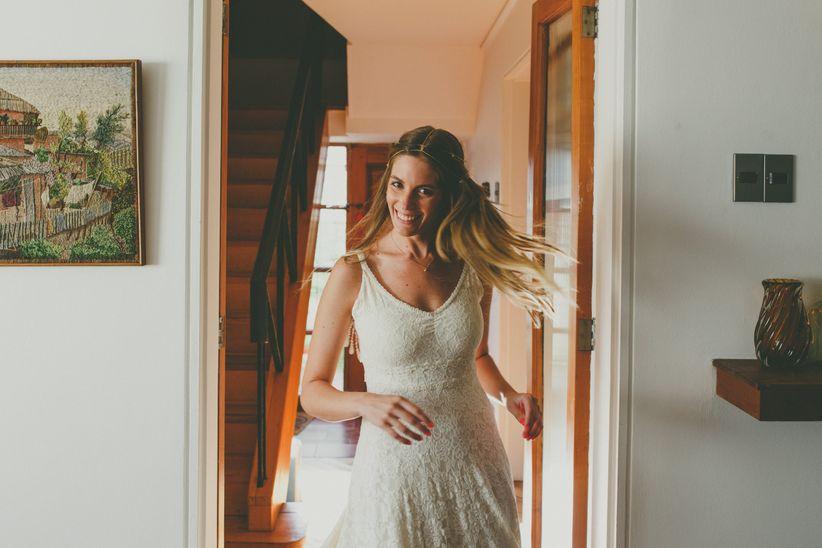 Peinados de novia con pelo suelto para un look espectacular 91b8c23381a8