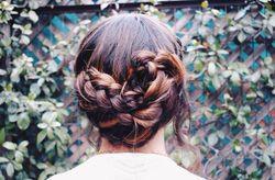 5 peinados románticos para las invitadas