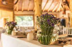 9 útiles consejos para decorar la mesa de los novios