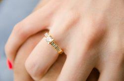 10 curiosidades sobre el anillo del compromiso