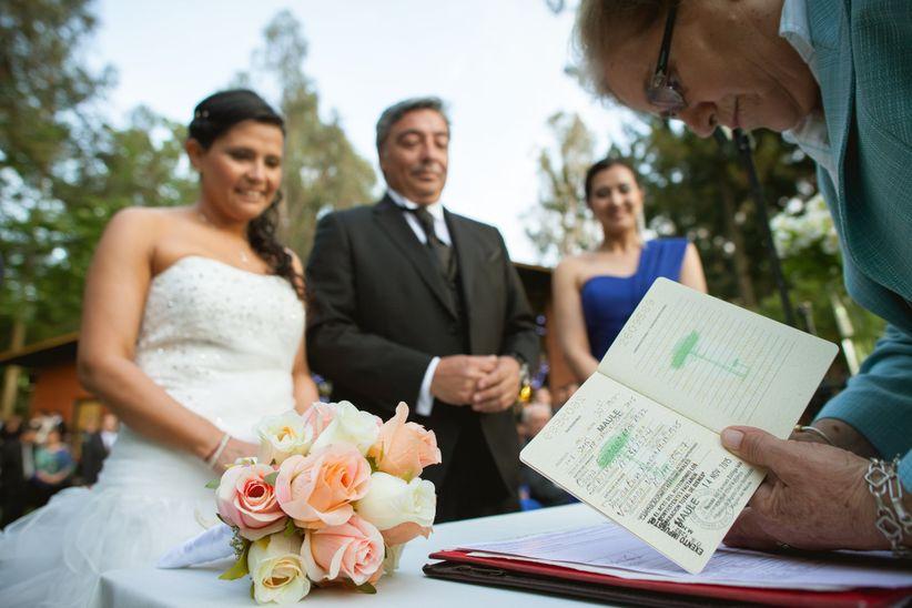 Matrimonio Entre Catolico Y Judio : Qué diferencias hay entre padrinos y testigos de