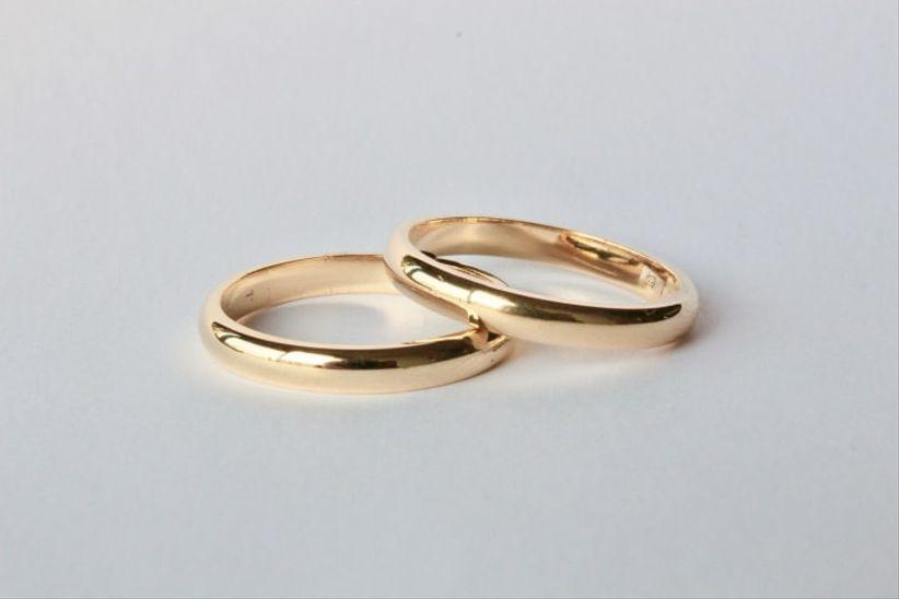 5763314e072a Anillos de oro para toda una vida juntos