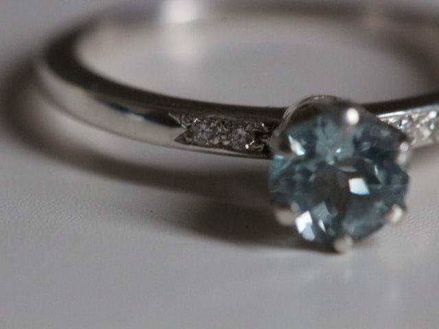 100 años de anillos de compromiso: descubre cómo han cambiado las tendencias