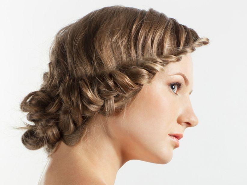 hermosa para lucir como corona y parecer una diosa griega es una doble trenza muy linda que te har lucir romntica tambin tu pelo va suelto