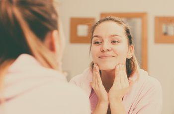 Problemas de acné: cómo evitar y disimular si aparece