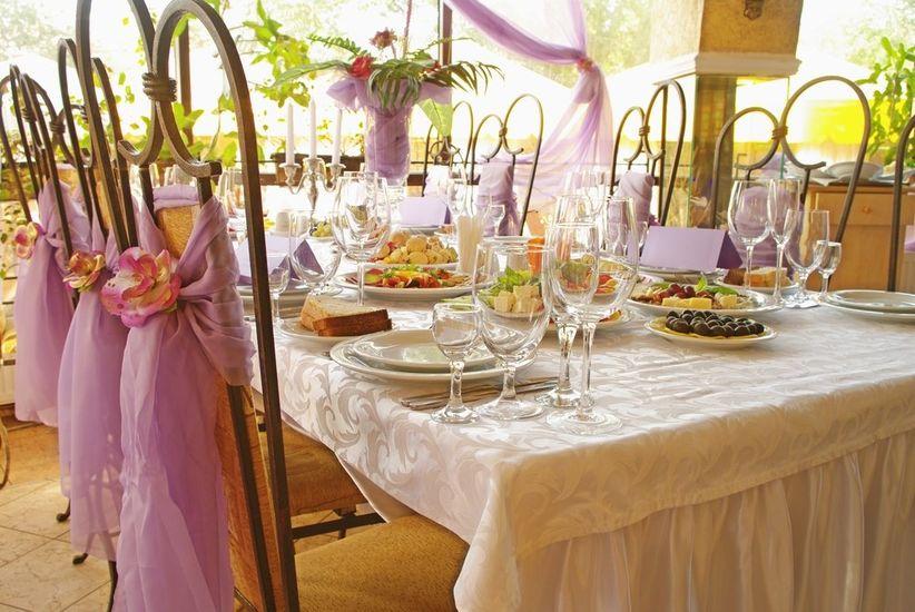 11 estilos de sillas para la decoraci n del matrimonio for Sillas para matrimonio
