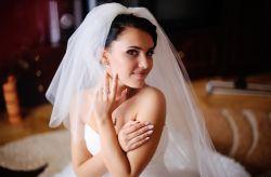 �Velo o mantilla para novias?