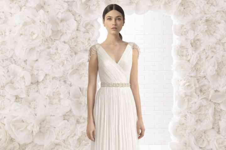 liberar información sobre más tarde calidad primero Vestidos de novia para bajitas: cómo elegir el ideal