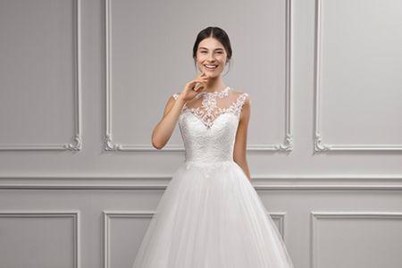 La elegancia de los vestidos de novia 2018 de Adriana Alier