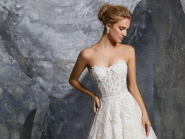 Morilee 2019: ¡Vestidos de novia llenos de encanto!
