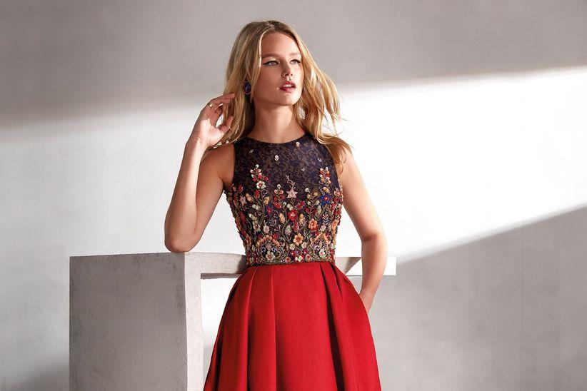 409b975fe Descubre los elegantes vestidos de fiesta 2019 de Valerio Luna y sé una  invitada perfecta
