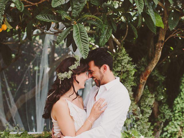 """Eva y David: un matrimonio """"total white"""" romántico, místico y muy chic"""