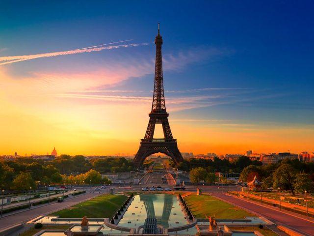Luna de miel en la capital francesa: París
