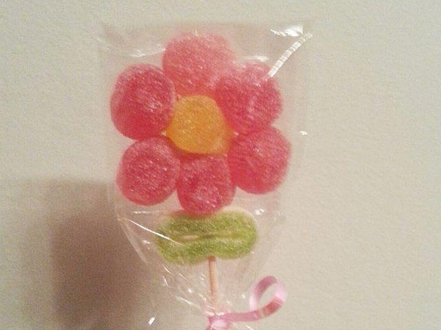 DIY: Flores de gomitas dulces para regalar
