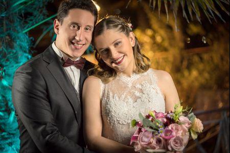 El matrimonio de Bárbara y Daniel: elegancia en tonos burdeos