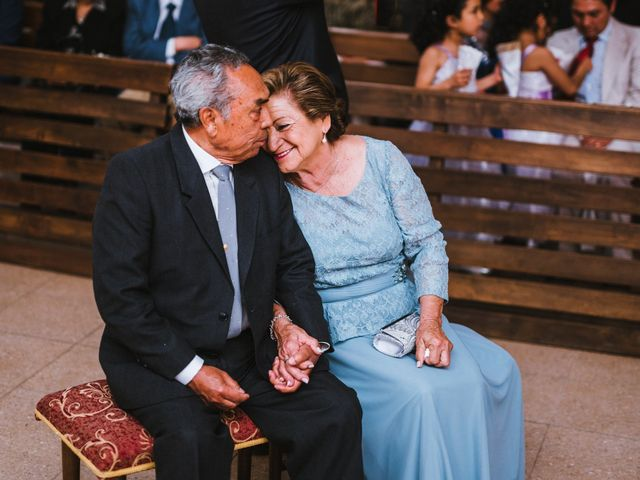 ¿Quiénes son los padrinos para matrimonios por la Iglesia?