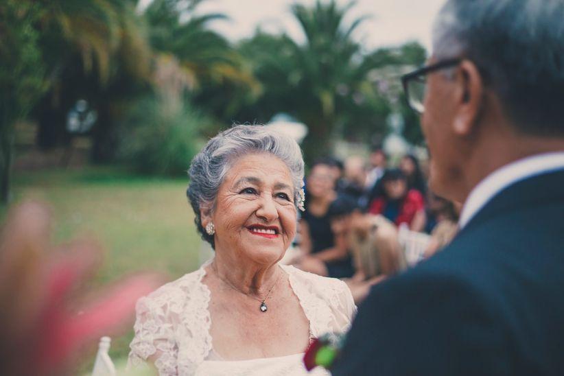 bec03bb6b Celebrar las bodas de oro  ¡Feliz medio siglo de amor!