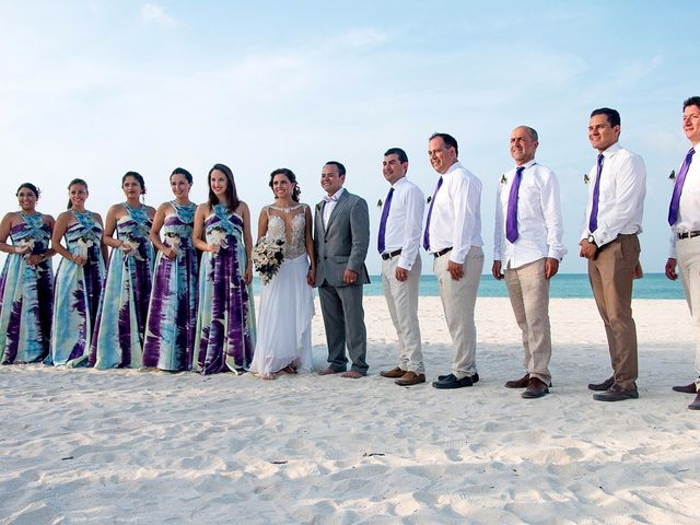 César y Katia: un místico matrimonio en las playas de Cancún