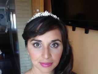 Cynthia Pizarro Maquilladora Profesional 1