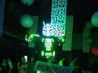 Hombre Led - Show Robot 6