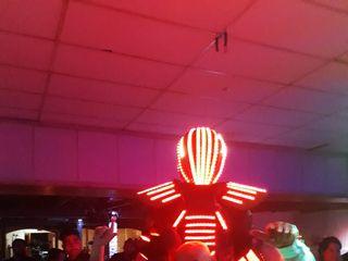 Hombre Led - Show Robot 5