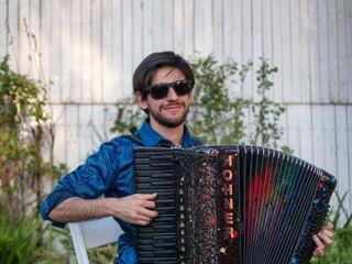 Pablo Téllez Acordeonista 5