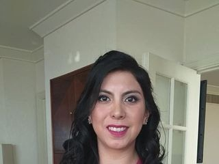 Caro Labrín make-up 2