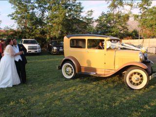 Royal Antique Car 6