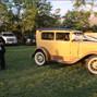 Royal Antique Car 16