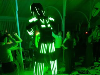 Robots Depredadores Led - Reveled Show 4