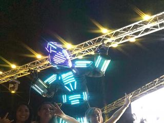 Hombre Led - Show Robot 7